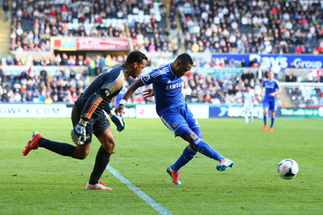Samuel Eto'o Swansea City v Chelsea - Premier League