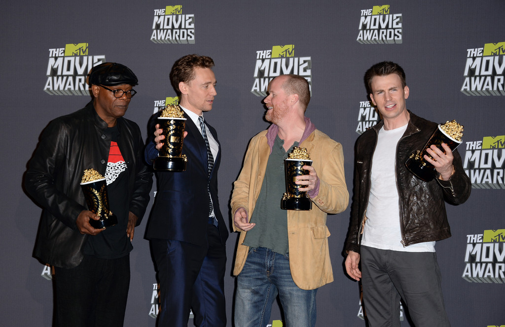 http://www3.pictures.zimbio.com/gi/Samuel+L+Jackson+2013+MTV+Movie+Awards+Press+RfYoyvghRq8x.jpg