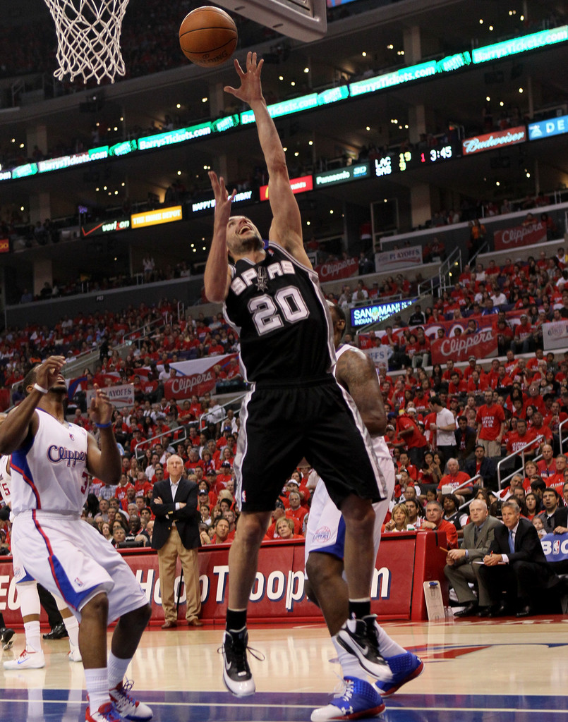 Spurs blow past Clippers, win fourth straight - San ...