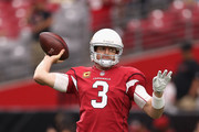 Quarterback Carson Palmer #3 of the Arizona Cardinals warms up before the NFL game against the San Francisco 49ers at the University of Phoenix Stadium on October 1, 2017 in Glendale, Arizona. The Cardinals defeated the 49ers in overtime 18-15.