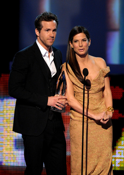 Ryan Reynolds and Sandra Bullock - People's Choice Awards 2010 - Show