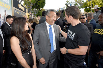 Sandy Tsujihara Premiere of Warner Bros. Pictures' 'Entourage' - Red Carpet