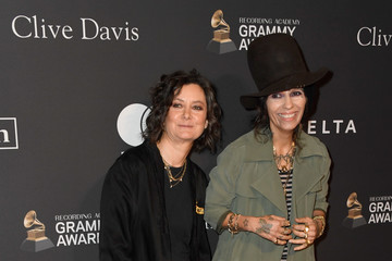 Sara Gilbert Linda Perry Pre-GRAMMY Gala And GRAMMY Salute To Industry Icons Honoring Clarence Avant – Arrivals