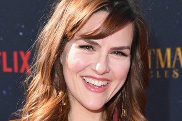 Sara Rue Premiere Of Netflix's 'The Christmas Chronicles' - Arrivals