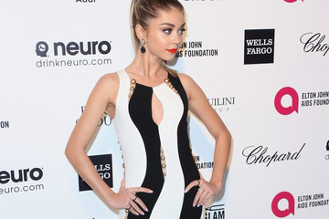 Sarah Hyland Arrivals at the Elton John AIDS Foundation Oscars Viewing Party — Part 4