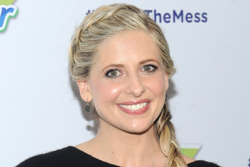 "Sarah Michelle Gellar Sarah Michelle Gellar & Swiffer Encourage Parents to Say ""Yes To The Mess!"""