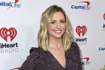 Sarah Michelle Gellar 102.7 KIIS FM Jingle Ball – PRESS ROOM