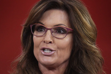 Sarah Palin Conservatives Gather for Annual CPAC Convention