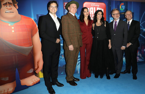 Sarah Silverman John C Reilly Clark Spencer Gal Gadot Phil Johnston Rich Moore Sarah Silverman And Rich Moore Photos Uk Premiere Of Ralph Breaks The Internet Zimbio