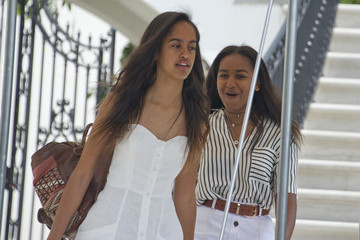 Sasha Obama First Family Departs for Martha's Vineyard