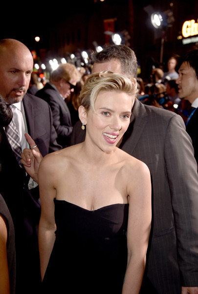 Premiere Of Marvel's 'Avengers: Age Of Ultron' - Red Carpet [avengers: age of ultron,red carpet,hair,premiere,hairstyle,dress,shoulder,red carpet,formal wear,carpet,flooring,event,scarlett johansson,california,hollywood,dolby theatre,marvel,premiere]