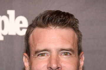Scott Foley Entertainment Weekly & People New York Upfronts Party 2018 - Arrivals