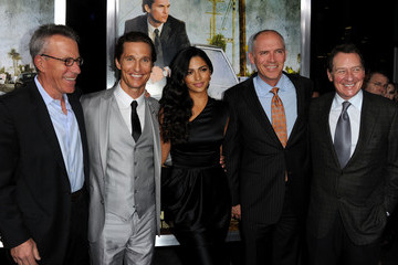 """Tom Rosenberg Gary Lucchesi Screening Of Lionsgate & Lakeshore Entertainment's """"The Lincoln Lawyer"""" - Red Carpet"""