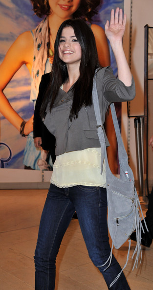 selena gomez clothing line. Selena Gomez Launches Clothing