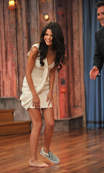 "Selena Gomez Selena Gomez visits ""Late Night With Jimmy Fallon"" at Rockefeller Center on June 23, 2011 in New York City."