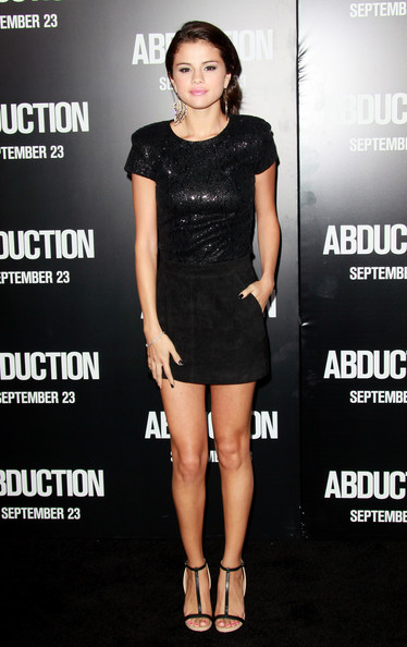 """Selena Gomez Singer/actress Selena Gomez arrives at the premiere of Lionsgate Films' """"Abduction"""" held at Grauman's Chinese Theatre on September 15, 2011 in Hollywood, California."""