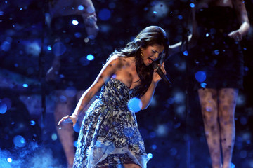Selena Gomez 2011 People's Choice Awards - Show