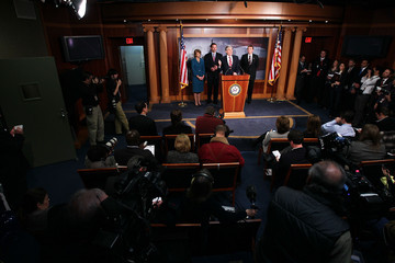 Heath Shuler Senators And House Representatives Discuss Their Efforts To End Party Seating At State Of The Union