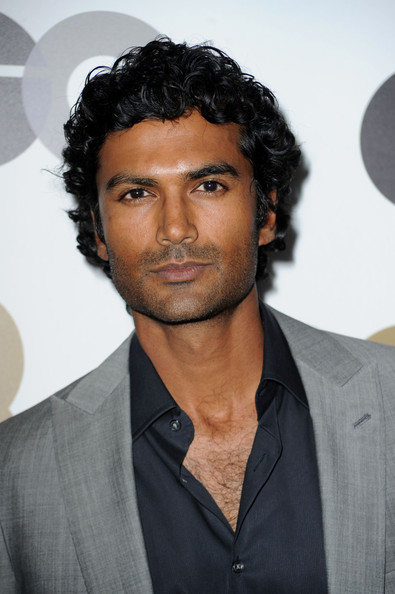 [Image: Sendhil+Ramamurthy+GQ+2010+Men+Year+Part...VZXLGl.jpg]
