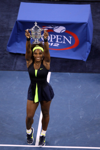 Venus & Serena Williams - 3 - Page 2 Serena+Williams+2012+Open+Day+14+URWk_wGgXqkl