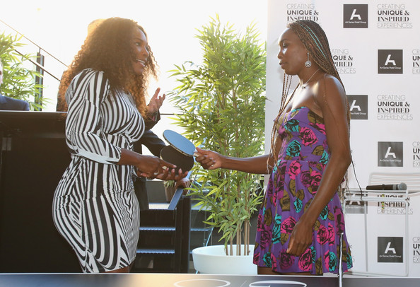 Williams Sisters Tennis Photos http://www.zimbio.com/pictures/F3y52ygCaqY/Williams+Sisters+Table+Tennis+Play+Off/R6WxG41T105/Serena+Williams