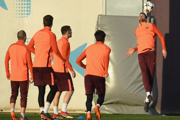 Sergio Busquets Barcelona Training And Press Conference
