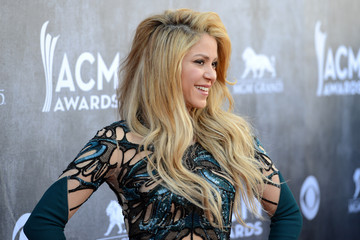 Shakira Arrivals at the Academy of Country Music Awards — Part 2
