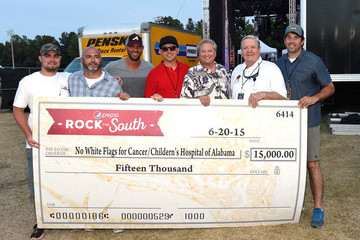 Shane Quick Celebrities Attend Pepsi's 'Rock The South' Festival