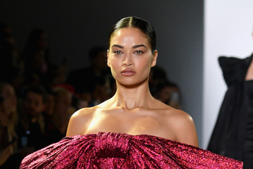 Shanina Shaik Cong Tri - Runway - February 2019 - New York Fashion Week: The Shows