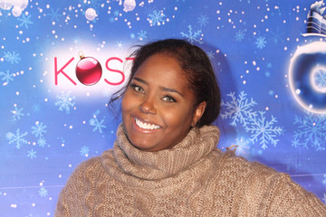 Shar Jackson The Queen Mary's CHILL Tree Lighting Ceremony
