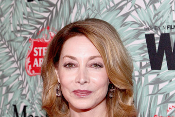 Sharon Lawrence Tenth Annual Women In Film Pre-Oscar Cocktail Party Presented By Max Mara And BMW - Red Carpet