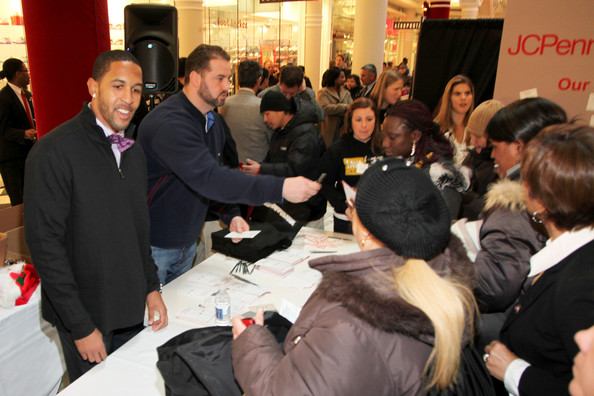 "JOE Joseph Abboud, JCPenney, and IAVA Celebrate ""Welcome Home Joe"" with ""Combat to Career"" Event to Benefit Veterans"