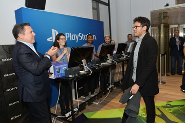 Shawn Layden PlayStation VR Launches in Stores Nationwide