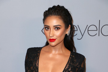 Shay Mitchell The 2018 InStyle and Warner Bros. 75th Annual Golden Globe Awards Post-Party - Red Carpet