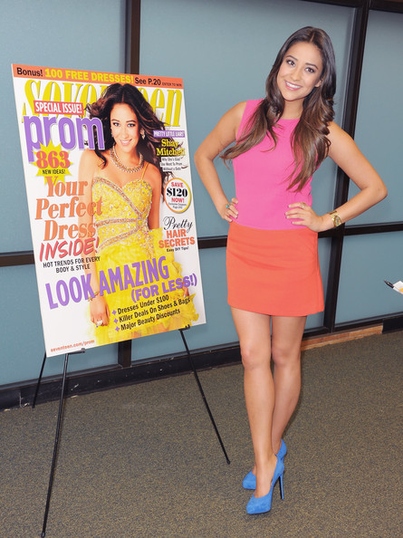 Shay Mitchell Photos Photos Shay Mitchell Signs Copies