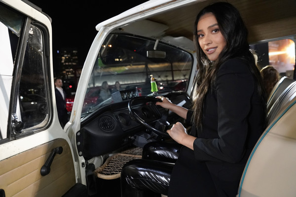 Volkswagen Hosts Fourth Annual Drive-In With Shay Mitchell [motor vehicle,vehicle,transport,automotive design,car,vehicle door,driving,family car,car seat,shay mitchell,california,los angeles,petersen automotive museum,volkswagen,drive-in]