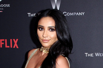 Shay Mitchell The Weinstein Company and Netflix Golden Globe Party, Presented With FIJI Water, Grey Goose Vodka, Lindt Chocolate, and Moroccanoil - Red Carpet
