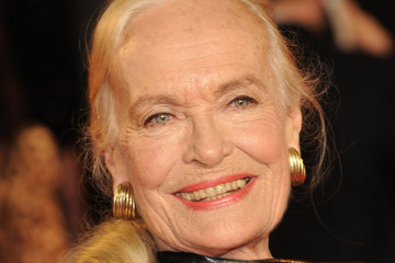 Shirley Eaton Skyfall - Royal World Premiere - Arrivals