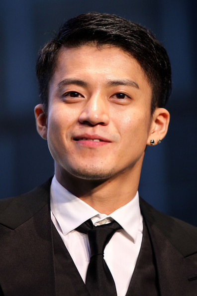 Shun Oguri Actor Shun Oguri attends the 24th Tokyo International Film Festival (TIFF) Opening Ceremony at Roppongi Hills on October 22, 2011 in Tokyo, Japan. One of Asia's largest film festivals takes place from October 22 to 30, showcasing about 130 highly-selected films from a variety of genres in several programs including the 'Competition' section for the Tokyo Sakura Grand Prix.