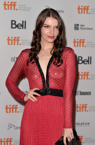 Ex-Neighbours' Sianoa Smit-McPhee looks unrecognisable | Daily ...