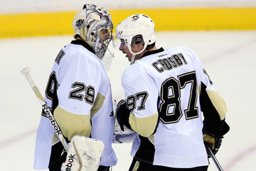 Sidney Crosby Marc-Andre Fleury Pittsburgh Penguins v Washington Capitals