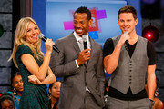 "Actress Sienna Miller, actor Marlon Wayans and actor Channing Tatum visit BET's ""106 & Park"" at BET Studios on August 3, 2009 in New York City."