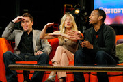 "Actors Channing Tatum, Sienna Miller and Marlon Wayans visit fuse's ""No. 1 Countdown"" at fuse Studios on August 4, 2009 in New York City."