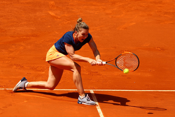 Simona Halep Roars Back To Tame Vinci In Madrid