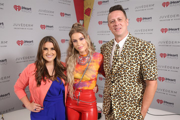 Sisanie Jesse Lozano 2019 iHeartRadio Wango Tango Presented By The JUVÉDERM® Collection Of Dermal Fillers - Backstage