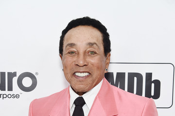 Smokey Robinson 28th Annual Elton John AIDS Foundation Academy Awards Viewing Party Sponsored By IMDb, Neuro Drinks And Walmart - Red Carpet