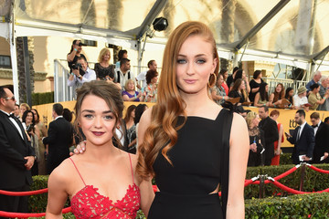 Sophie Turner Maisie Williams 21st Annual Screen Actors Guild Awards - Red Carpet