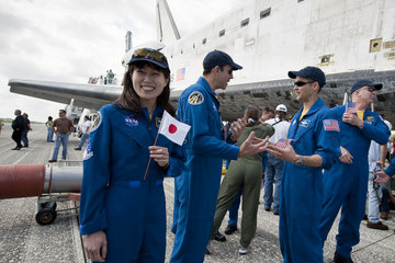 Naoko Yamazaki Space Shuttle Discovery Lands At Kennedy Space Center