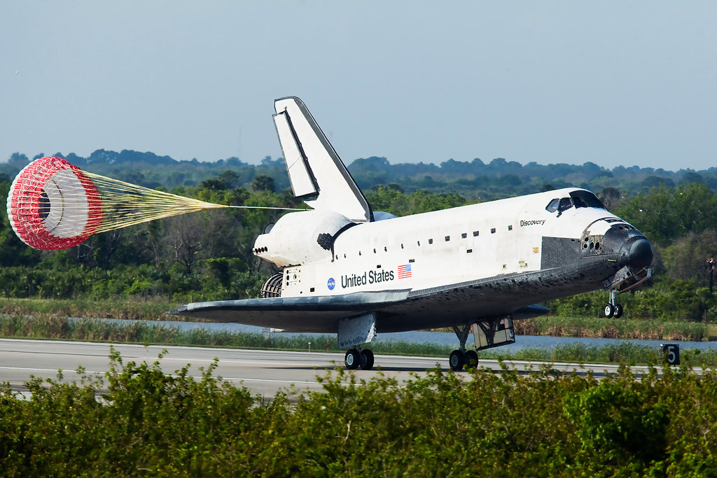 space shuttle landing discovery - photo #42