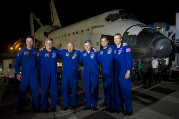 Greg Chamitoff Space Shuttle Endeavour Lands At KSC After Final Mission To Space Station